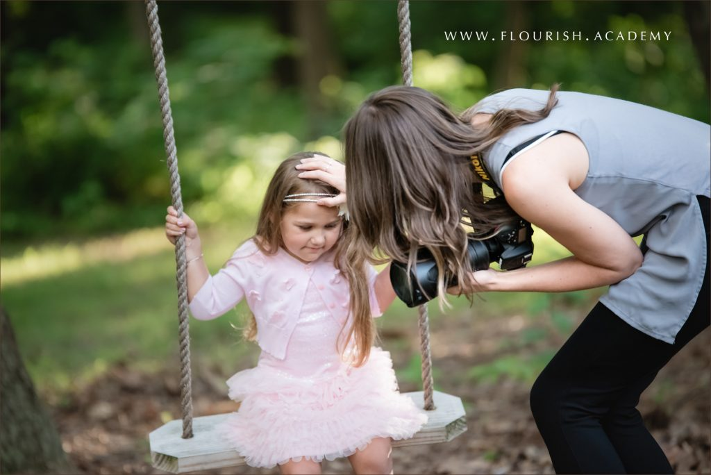 Outdoor photo session shadow professional photographer